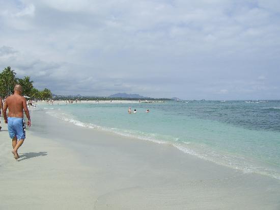 BlueBay Villas Doradas Adults Only: la mer avant la tempête de pluie