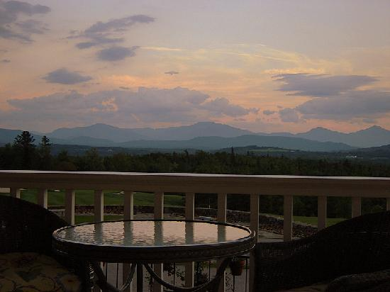 Mountain View Grand Resort & Spa: View from Verandah.