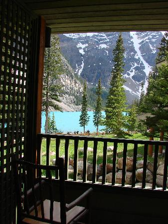 Moraine Lake Lodge: View from Our lodge room