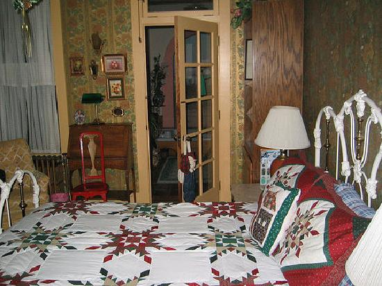 Calumet and Arizona Guest House: Bedroom at Arizona Guesthouse