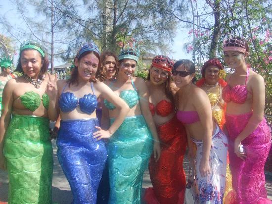 Golden Sunset Village Resort & Spa: parade