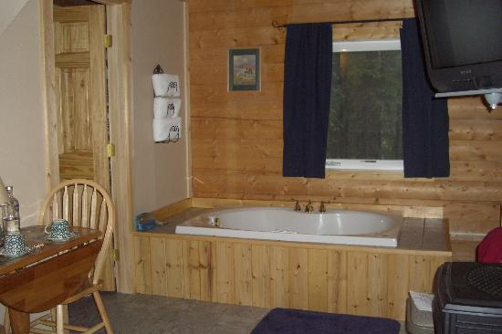 Caribou Cabins: relax!