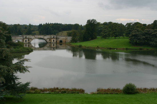 Woodstock, UK: The Grand Bridge and Park