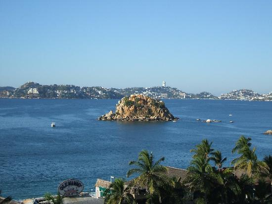 Hotel Tortuga Acapulco: view from room