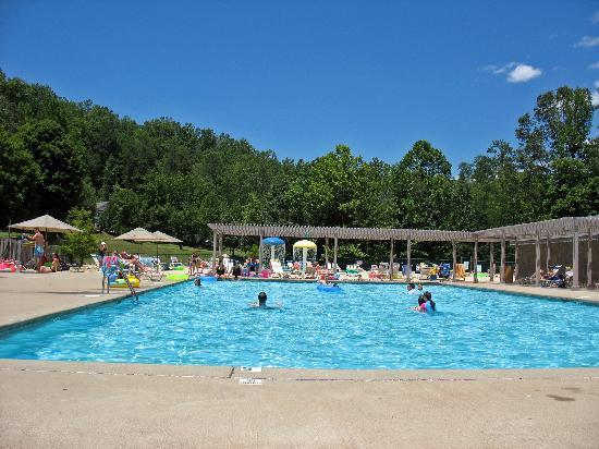 Lake Lure, Северная Каролина: pool at resort