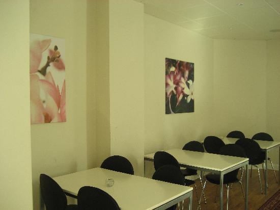 Hotel CopenHagen: Dining Area