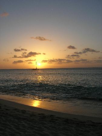 Galley Bay Resort : Sunset