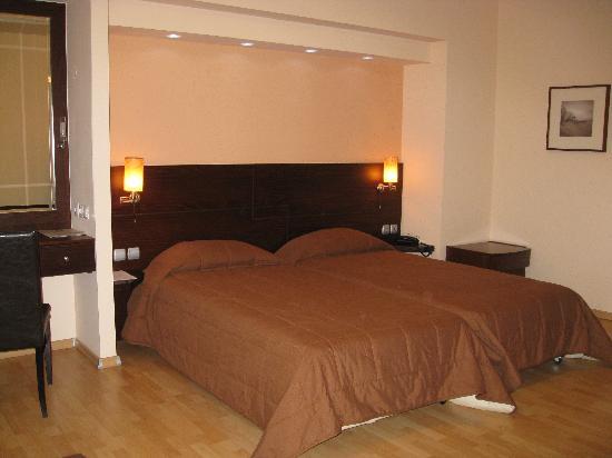 Flisvos Hotel Nafpaktos: Room