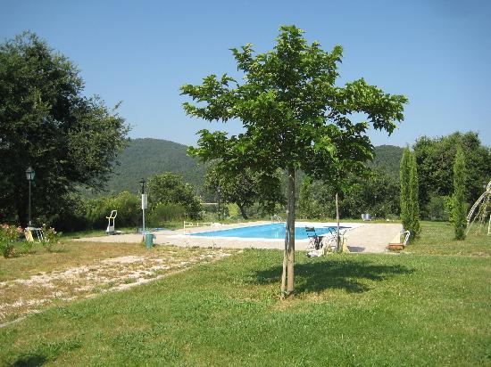 Agriturismo Le Case Rosse di Montebuono: la piscina