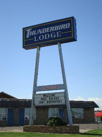Thunderbird Lodge Mitchell: Thunderbird Lodge sign