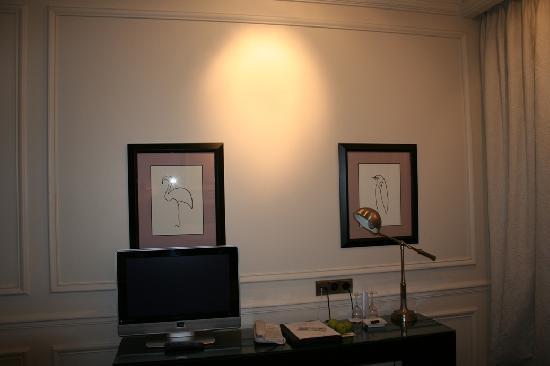 Hotel Keppler: standard room: LCD