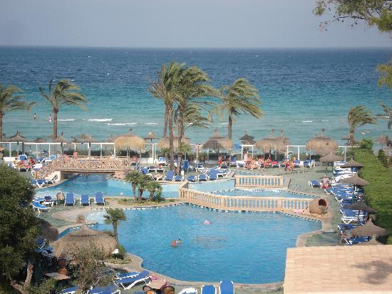 Hotel Condesa de la Bahía: Stunning view from our balcony
