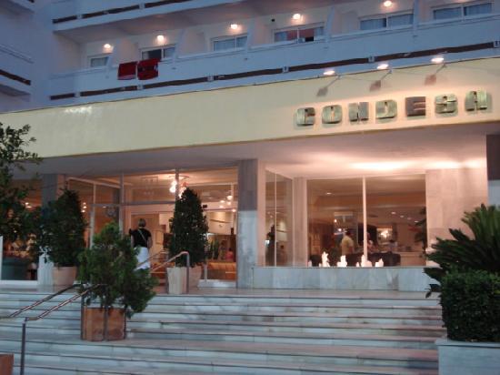 Hotel Condesa de la Bahía: Hotel front