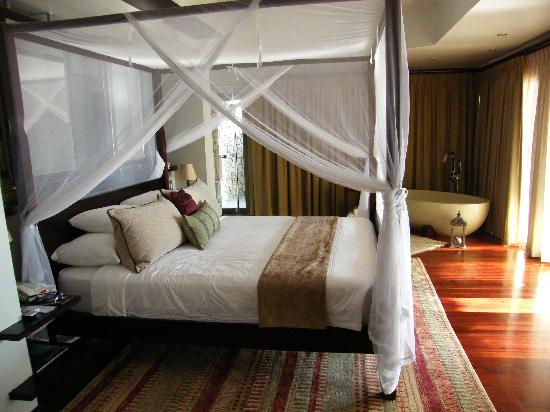 Bazaruto Island, Mozambique : Luxury Villa - Bedroom