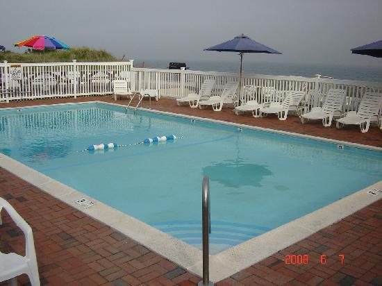 Ocean Surf Resort: ThE PoOl At OcEaN SuRf