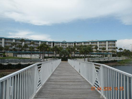 Amalfi Coast Resort: Walkway to the beautiful beach!