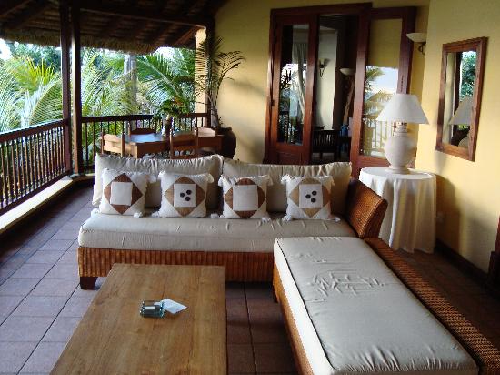 Dinarobin Beachcomber Golf Resort & Spa : Our balcony....