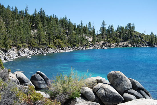 Lake Tahoe (California), แคลิฟอร์เนีย: Facing south from Memorial Point
