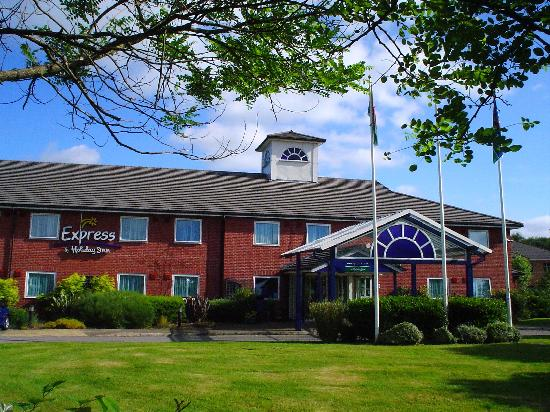 Premier Inn Pontypool Hotel: Pontypool Holiday Inn Express