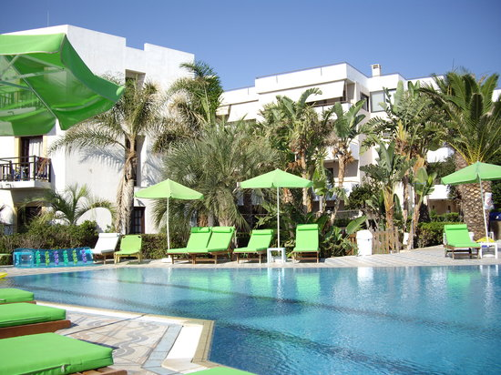 Photo of Zervas Beach Hotel Stalís