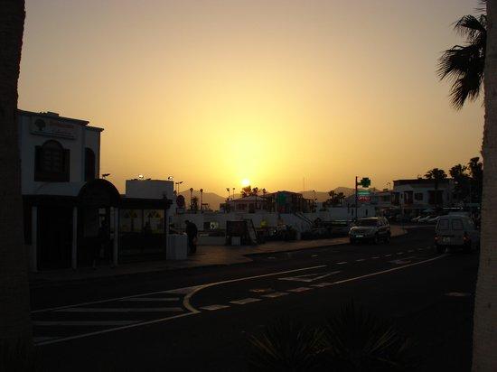 Corona Mar Apartments: Puerto Del Carmen Sunset