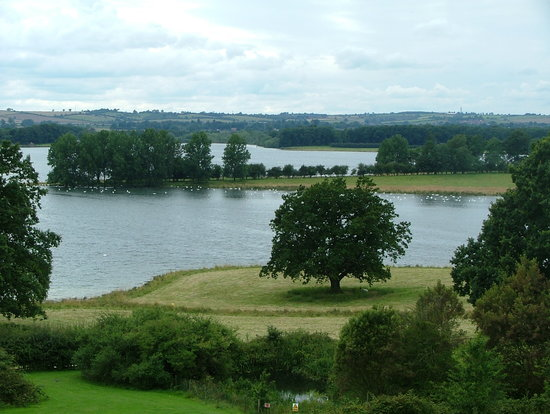 Barnsdale, UK: A view across Rutland Water