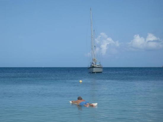 Curtain Bluff Resort: Drifting away on the bay!