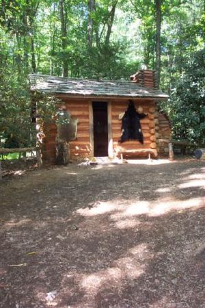 Gatlinburg Town Square Resort By Exploria Resorts: Oconaluftee Indian Village, 30 minutes from GTS