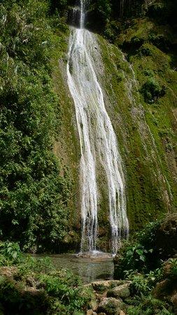 Vanuatu: Cascade Waterfalls