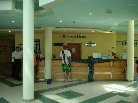 MPM Kalina Garden: lobby