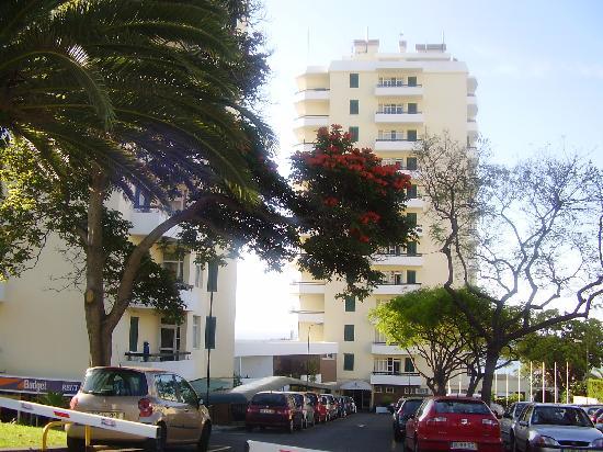 Duas Torres : El hotel desde fuera