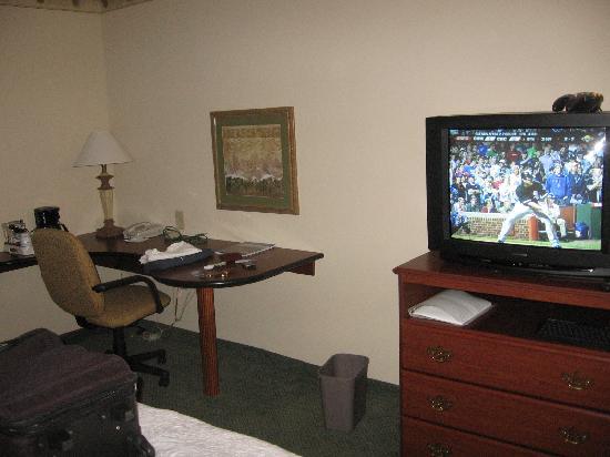 Hampton Inn & Suites West Little Rock: Hampton Inn & Suites West room interior