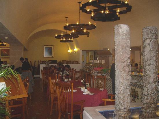Hotel Emporio Zacatecas: resteraunt - breakfast buffet