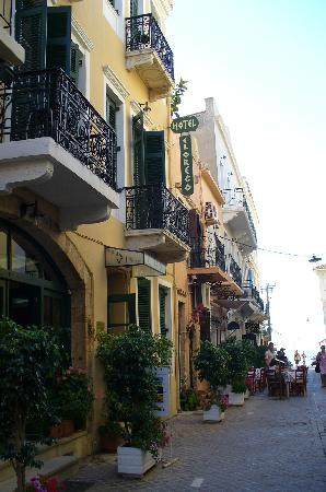 El Greco Hotel: View of the hotel
