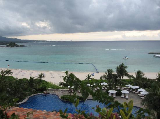 The Busena Terrace: Pool, beach
