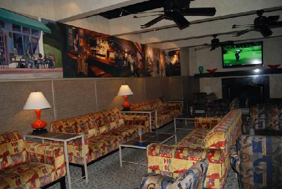 Hotel Laguna: Lounge Area
