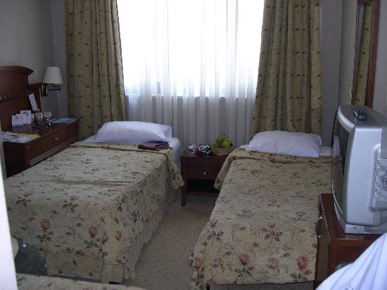 Hotel Mina: ch401diposition lits pour 3 personnes
