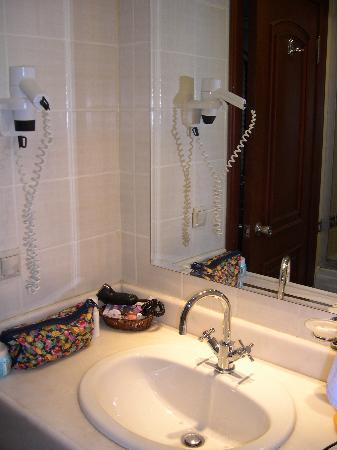 Hotel Mina: salle de bain