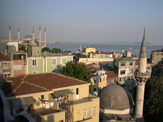 Hotel Mina: vue de ch401côté Mosquée Bleue