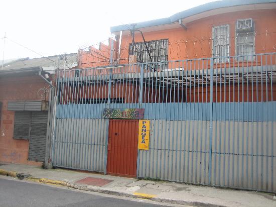 Hostel Pangea: Entrance