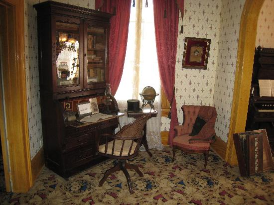 Image Result For Antebellum Bedroom Furniture