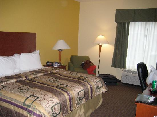 Sleep Inn & Suites Pooler: room 1
