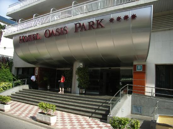 GHT Oasis Park & SPA: Front of Hotel