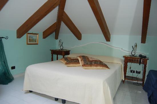 Hotel Villa Annalara: Another view of Edera