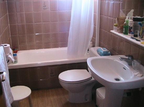 Exagon Park: Baño apartamento