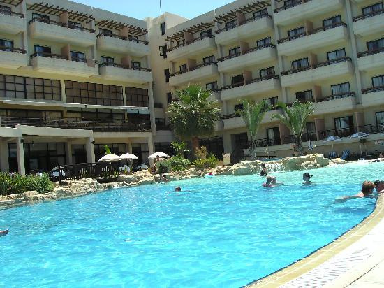 Atlantica Golden Beach Hotel : Pool area