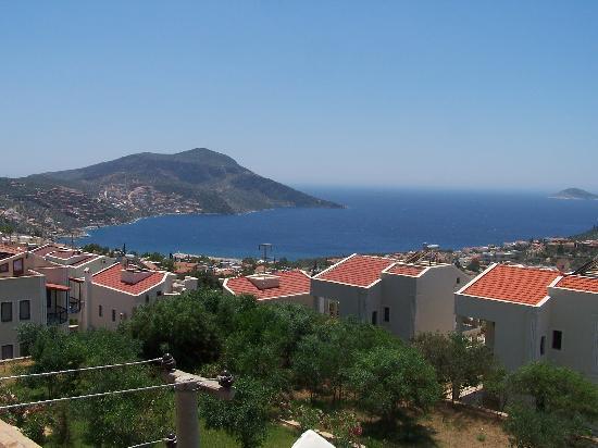 سميرة ريزورت هوتل أبارتس آند فيلاز: View from hotel of Kalkan Harbour