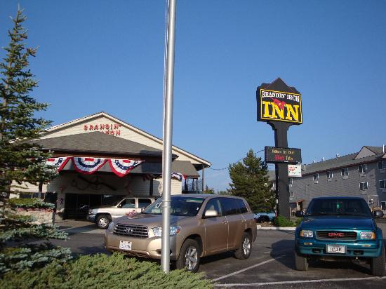 Brandin' Iron Inn: Outside view