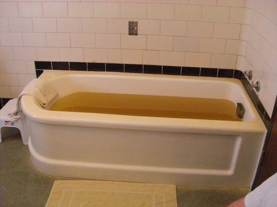 Saratoga Springs, NY: The so-called 'mineral' bath at Lincoln Bath House