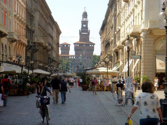 Hotels Near Milan Duomo Cathedral